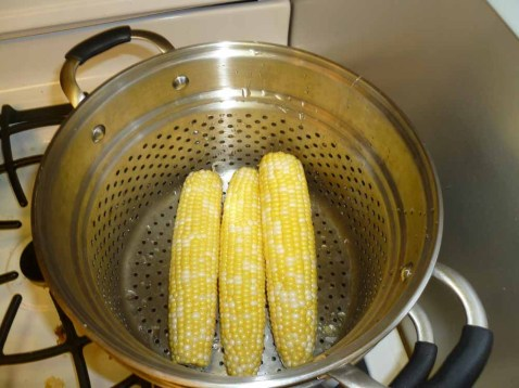 9 corn steaming