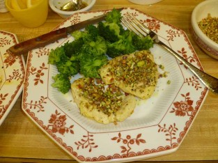 Lemon Pistachio Chicken & Broccoli Plated