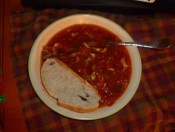 Beef & Tomato Soup With Bread