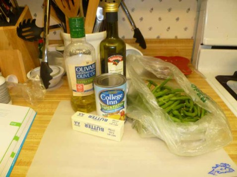 Balsamic-Glazed Pearl Onions & Green Beans Ingredients
