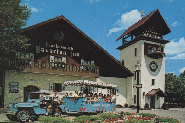 frankenmuth-michigan-bavarian-inn-postcard-train-dj3a-surrey11